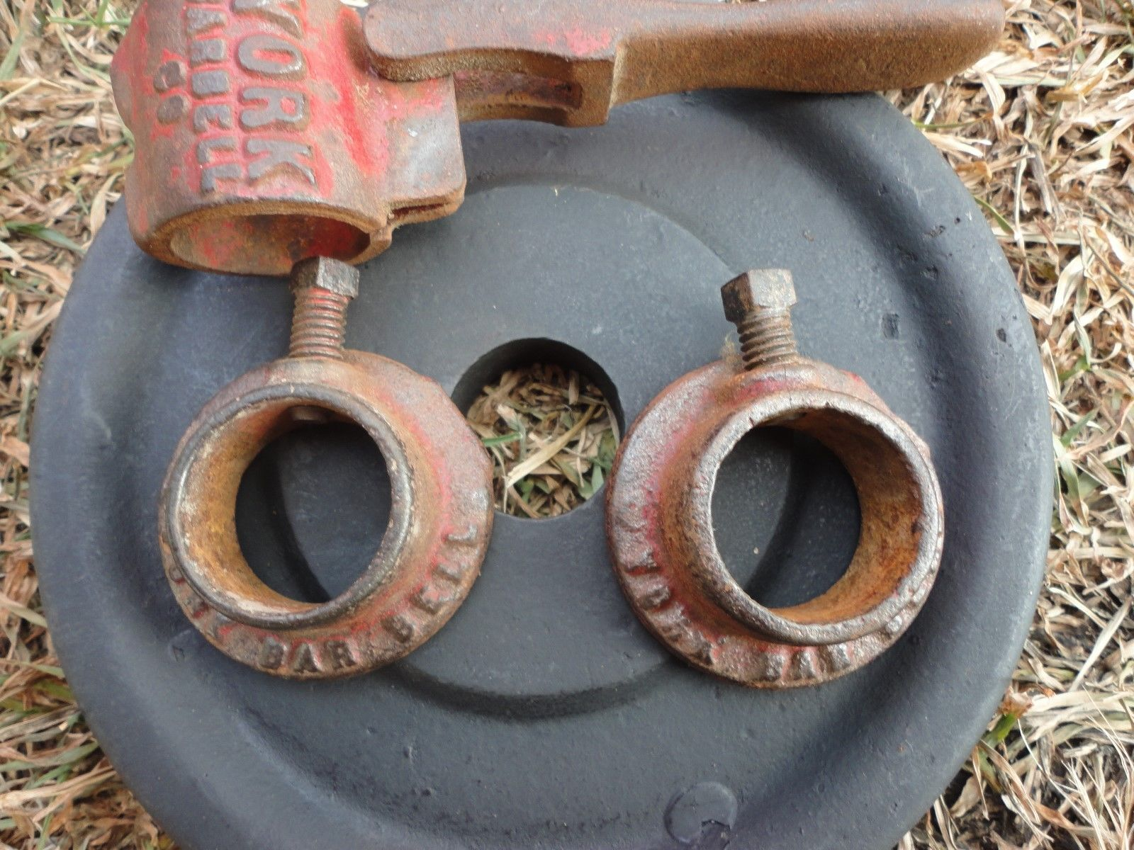 Vintage holdtite york barbell cast iron weight collar